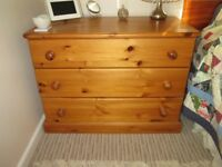 Solid Pine Chest of Drawers 91cmWx68cmHx48cmD.