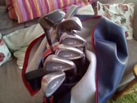 VERY NICE GOLF SET WITH CLUBS AND GOLF BAG WITH GOLF BALLS AND TEES,,USED,GREAT CONDITION