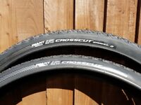 2 off Giant Crosscut Gravel 2 tubeless ready tyres. only done 50miles 700x50c