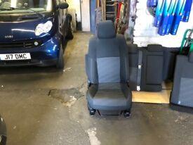 2013 Toyota Auris Excel Estate seats