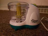Tommee Tippee blender and food containers