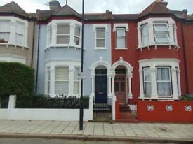 1 bedroom flat in GFF, 20 Fairmount Road, Brixton Hill, London, SW2