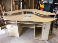 Good Quality Computer Desk