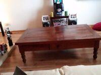 Antique giant coffee table bargain urgent