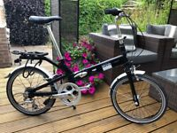 Giant Halfway Folding Bicycle, Folding bicycle in good condition.