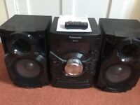 Panasonic cd stereo system SC-AKX18.