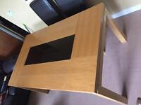 Lovely table forsale very good condition
