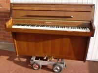 wurlitzer piano modern over strung 3 pedal 88 note can deliver £380