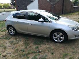 Vauxhall Astra 2.0CDTi ecoFLEX 16vSRi s/sManual 5dr silver 2012 Warranty64000 mileage ful services d
