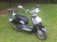 TAMORETTI 125cc scooter