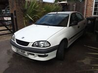 Toyota Avensis for sale (5 door) - cheap run around