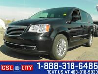 2015 Chrysler Town & Country Touring-L - DVD Player, Satellite R