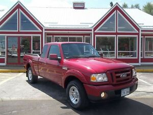 2011 Ford Ranger SPORT!! ONLY 049000 LOW LOW KM'S!!! 5 SPD GAS S