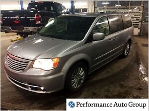 2016 Chrysler Town & Country Touring-L * Dual Blu-Ray * Leather
