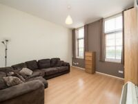 Lovely spacious 2 bedroom flat in restalrig