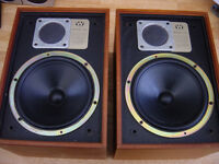 Vintage Wharfedales Denton XP2 Must be heard £20 only