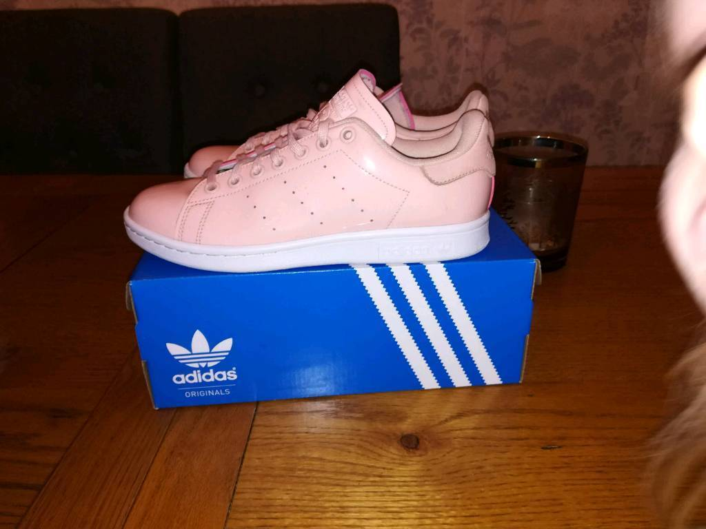 Adidas Womans Stan Smith Patent Pink