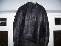 Rayven leather jacket and trousers size 14
