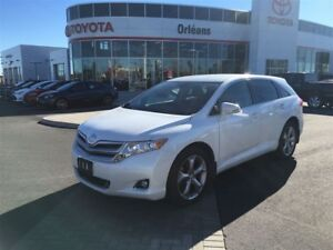 2016 Toyota Venza V6 / All Wheel Drive / Daily Rental