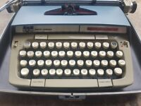 Type writer in mint condition