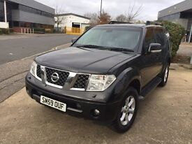 NISSAN PATHFINDER 2010 - 1 OWNER,FULL SERVICE HISTORY,FULLY LOADED *READY FOR EXPORT*