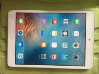 iPad mini 16GB Silver Good condition