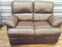 BROWN SOFA LEATHER 2 SEATER RECLINER EXCELLENT CONDITION