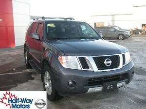 2011 Nissan Pathfinder LE | Impressive Features!