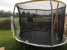 Sports power trampolene