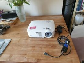 Nec Vt580 Model Lcd Home Theater Projector Working Lamp good condition and fully working