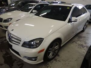 2014 Mercedes-Benz C-Class C 300 4MATIC, SUNROOF, LEATHER AND HE
