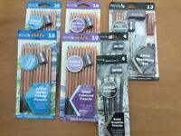 Artists various pencils and sketching set. NEW