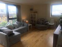 En-suite double room for rent in popular Finnieston building