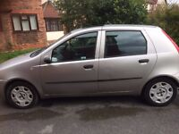 Excellent condition automatic with low mileage! 1 year MOT!!