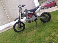 Stomp 125cc pitbike