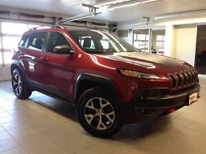 2016 Jeep Cherokee TRAILHAWK/LEATHER/PANO ROOF!!!