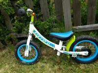Kids Carrera Coast balance bike 12in