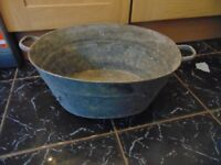 Vintage Galvanised Tin Bath