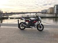 2013 Triumph Street Triple R ABS Model in Crystal White / Red.