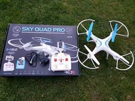 SKY QAUAD PRO DRON