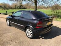 VAUXHALL ASTRA SXI 2004. MOT DRIVES THE BEST IN BLACK