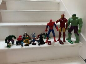 Action figures Star Wars and marvel