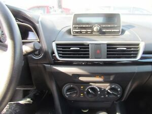 2015 Mazda MAZDA3 GX | GET PRE-APPROVED TODAY | THELOANAPPROVER. London Ontario image 10