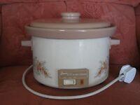 """Swan"" ceramic electric slow cooker"