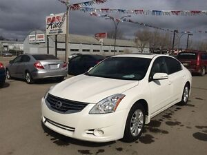 2011 Nissan Altima 2.5 SL Leather, Roof