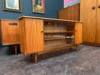 Bookcase / Drinks Cabinet / Compact Sideboard in Teak. Retro Vintage Mid Century 1960s