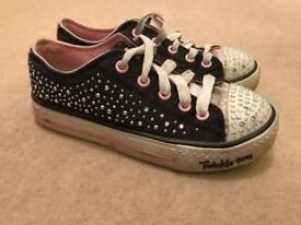 Girls Skechers Twinkle Toes size 13.5