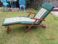 Garden Streamer Chair.