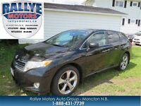 2011 Toyota Venza XLE, V6 AWD, Leather, Sunroof