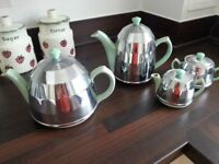 Tea pot and hot water and milk and sugar bowl set from 1950/60s